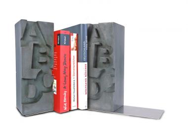 A-Z Buchstaben-Buchstützen aus Beton