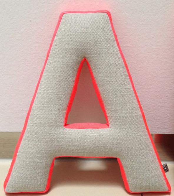 Gepolsterte Buchstaben